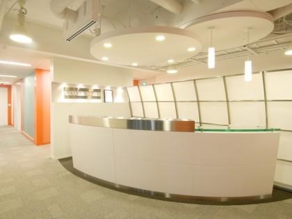 業務内容や気分によって働く環境を選べるオフィス